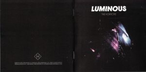 The Horrors - Luminous (Booklet 01)